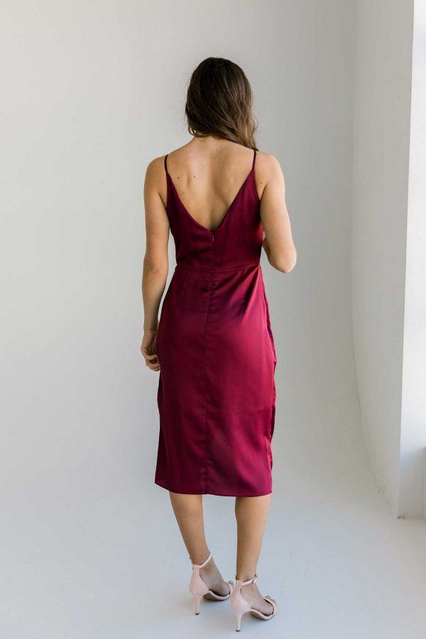 Missha dress in burgundy colour back view