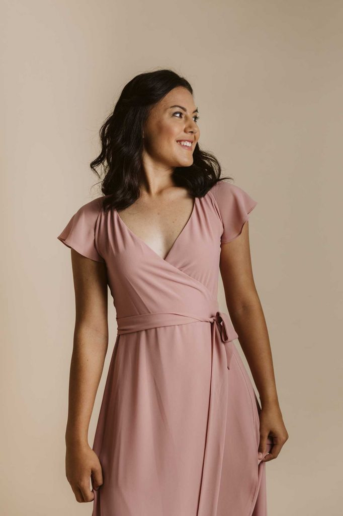 Marianne dress in dusty pink colour close front view