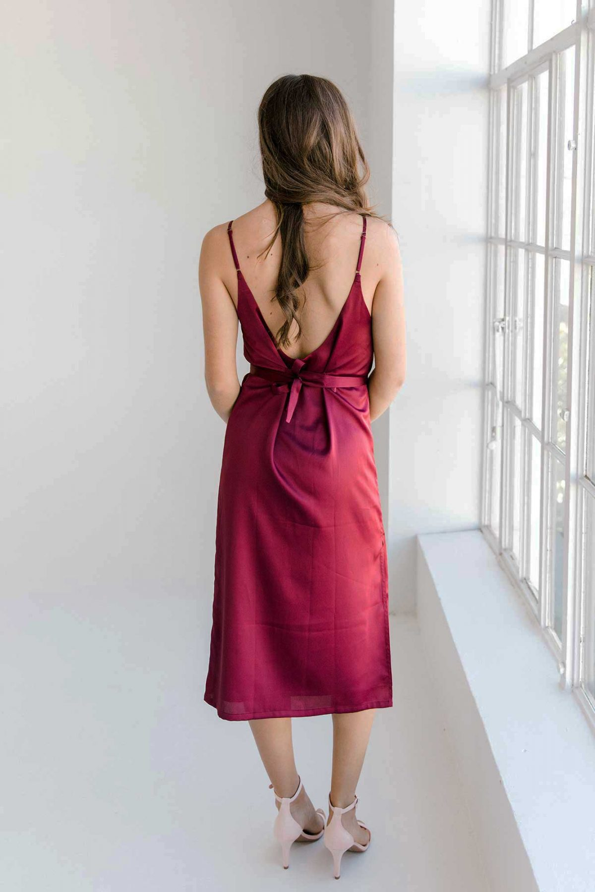 Nadia midi dress in burgundy colour back view