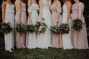 Bridal squad with bouquet